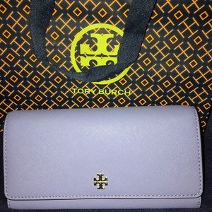 NWT Tory Burch Emerson Envelope Cont. Wallet